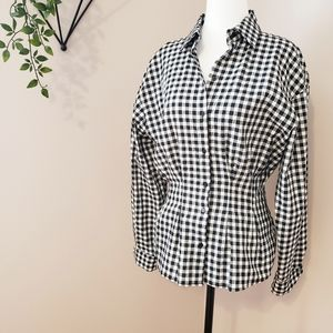 ZARA | FITTED GINGHAM BUTTON DOWN TOP